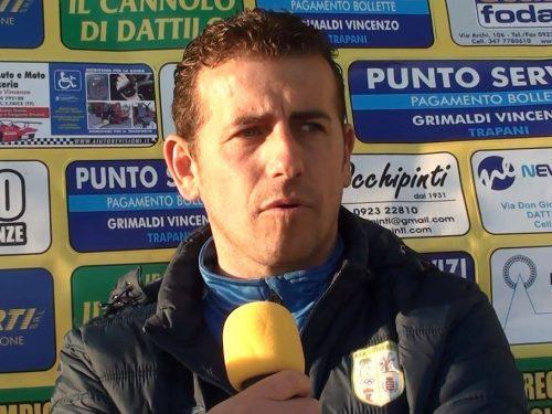 Il Mister  Vincenzo Melillo in vista dell'incontro con la Parmonval