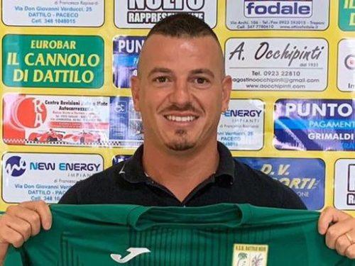 Buon complleanno al nostro centrocampista Dario Barraco